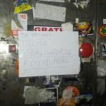 L'avviso all'ingresso di Catania
