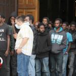 Sbarco migranti profughi 26 giugno 2014 (44)