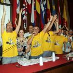 Festeggiamenti Nibali durante arrivo tappa (11)