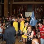 Festeggiamenti Nibali durante arrivo tappa (2)