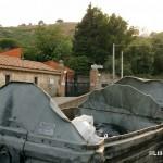 21 agosto 2014 Zafferia, i rifiuti invadono il torrente a ridosso di villa Cianciafara (1)