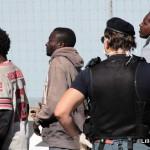 27 agosto 2013 Sbarco migranti al porto di Messina (22)