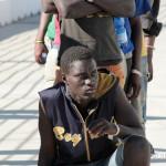 27 agosto 2013 Sbarco migranti al porto di Messina (38)