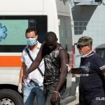 27 agosto 2013 Sbarco migranti al porto di Messina (9)