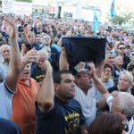 Assemblea pro Piemonte Accorinti fischiato ed aggredito  (9)