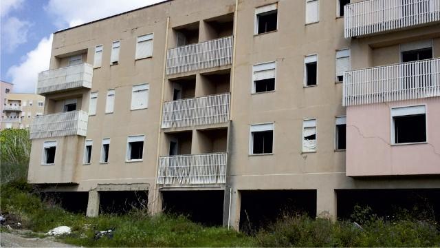 Famiglia obbligata a lasciare casa per 8 anni comune pretende ici e tarsu condannato a - Casa della moquette messina ...