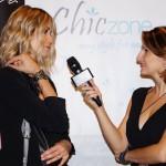 A sinistra la show girl Elena Santarelli