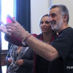 Auguri natale 2014 sindaco Accorinti ed Emilia Barrile  2