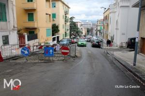 Buca stradale in via S. Agostino  (2)