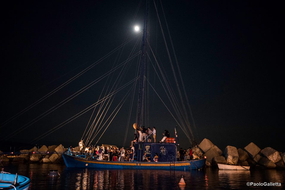 Festa di chiusura della prima edizione a bordo della feluca Zeus