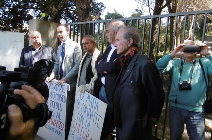Villa Piccolo chiude, dimissioni al 'veleno' del presidente Benedetto