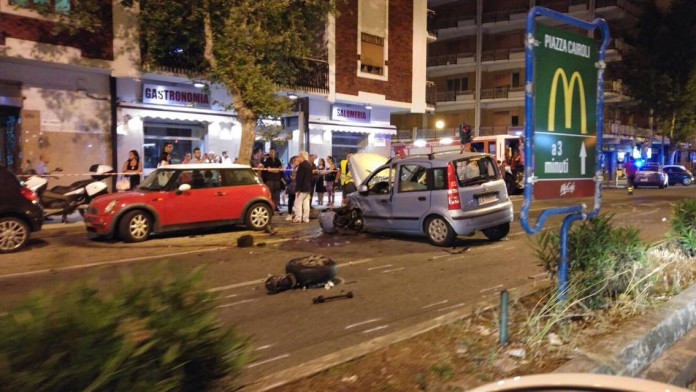 Terribile incidente stradale sei feriti una 23enne in rianimazione