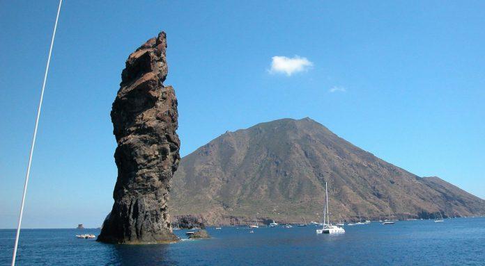 Va a pesca nelle isole Eolie sub napoletano disperso a Filicudi