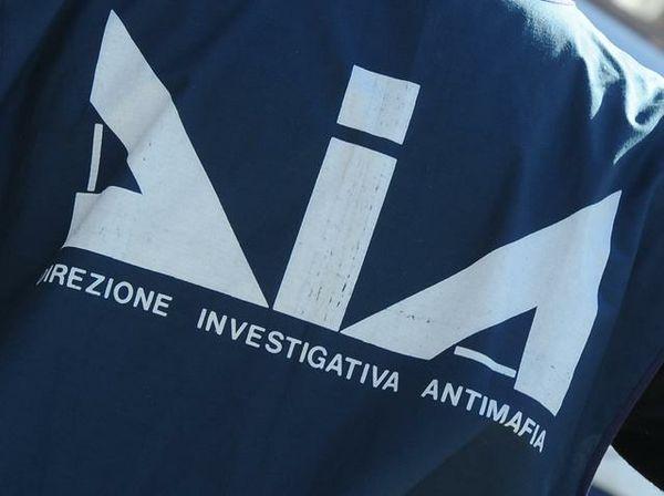 Mafia, imprenditore al servizio dei clan Santapaola: sequestrati dalla Dia 28 mln
