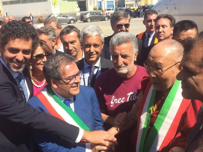 Il Dalai Lama in Sicilia, tra Taormina, Messina e Palermo