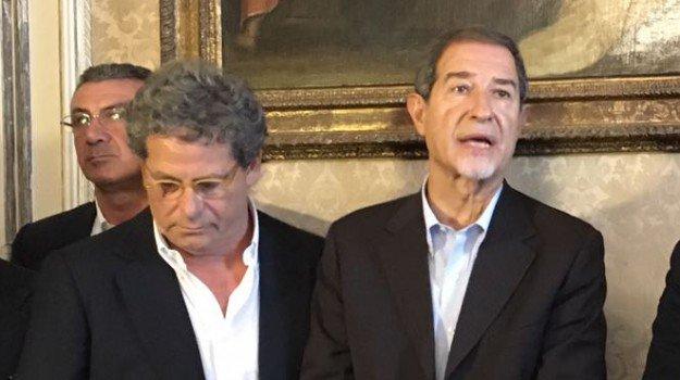 Il M5s verso l'insediamento all'Ars: la sfilata per le vie di Palermo