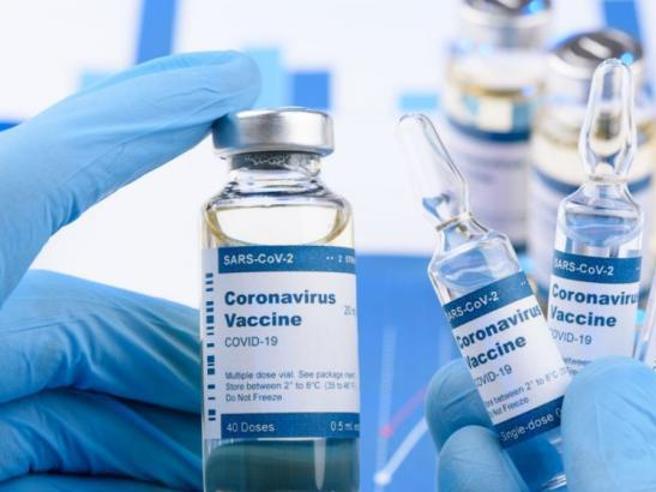 Studio Aifa sui vaccini, 30mila casi di effetti collaterali dopo la somministrazione
