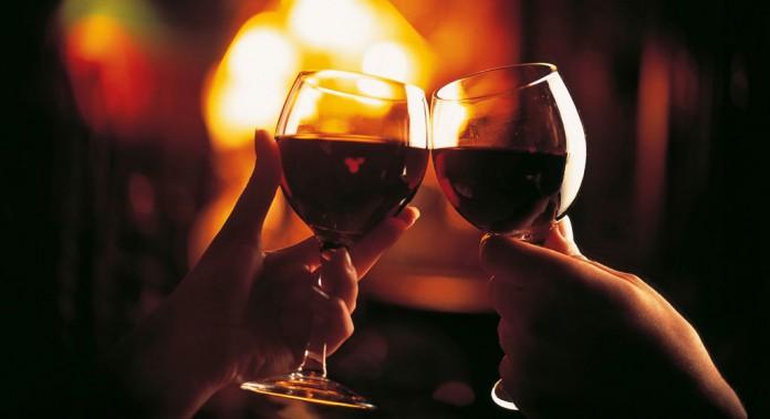 perdere peso bevendo vino