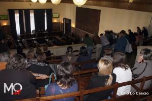I lavoratori dei servizi sociali assistono al consiglio comunale