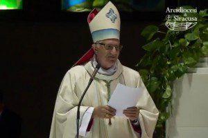 accolla_arcivescovo1